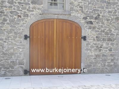 pic_Set-of-teak-gates-and-doors-2-Battle-of-the-Boyne_lg