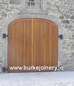 pic_Set-of-teak-gates-and-doors-2-Battle-of-the-Boyne_lg